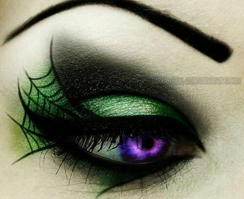20-Halloween-Eye-Makeup-Ideas-Looks-For-Girls-Women-2017-11