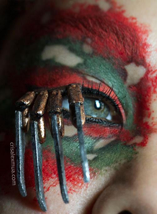 20-Halloween-Eye-Makeup-Ideas-Looks-For-Girls-Women-2017-4