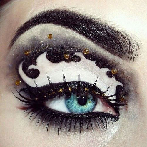 20-Halloween-Eye-Makeup-Ideas-Looks-For-Girls-Women-2017-6