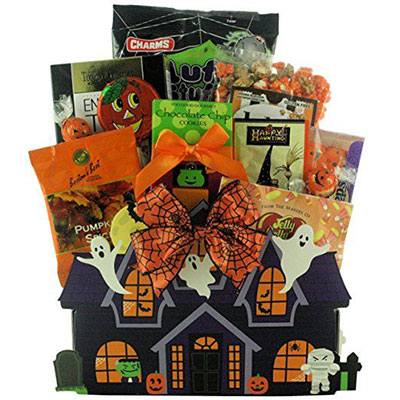 15-Halloween-Gift-Baskets-Bags-For-Kids-Adults-2017 -Gift-Ideas-1