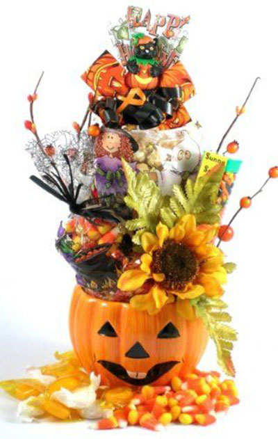 15-Halloween-Gift-Baskets-Bags-For-Kids-Adults-2017 -Gift-Ideas-11