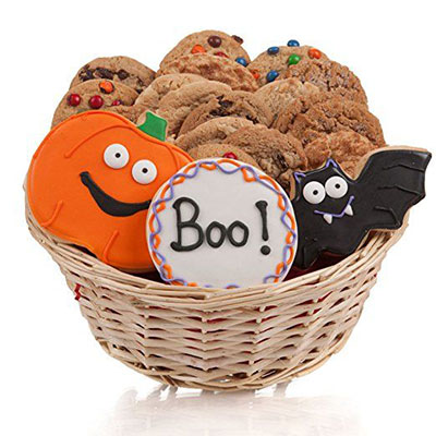 15-Halloween-Gift-Baskets-Bags-For-Kids-Adults-2017 -Gift-Ideas-12