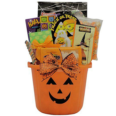 15-Halloween-Gift-Baskets-Bags-For-Kids-Adults-2017 -Gift-Ideas-15