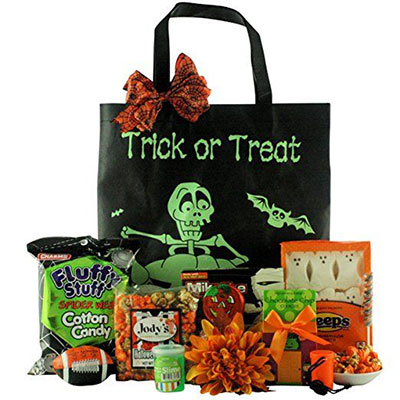 15-Halloween-Gift-Baskets-Bags-For-Kids-Adults-2017 -Gift-Ideas-4