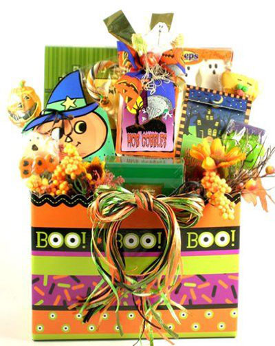 15-Halloween-Gift-Baskets-Bags-For-Kids-Adults-2017 -Gift-Ideas-6