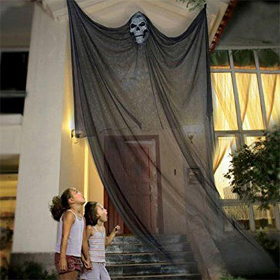 15-Scary-Cheap-Halloween-Outdoor-Decoration-Ideas-2017-1
