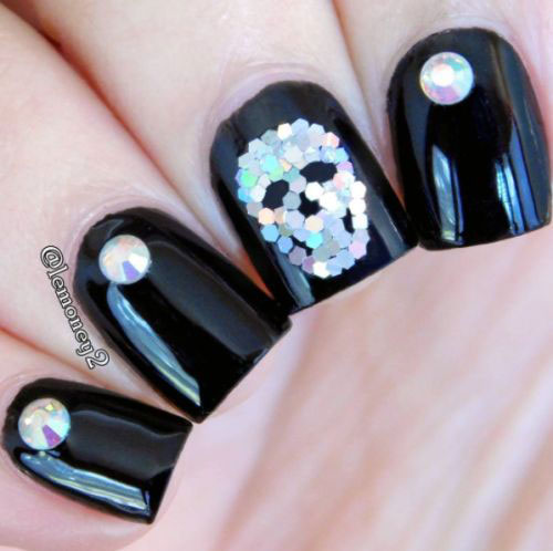 25-Best-Halloween-Nail-Art-Designs-Ideas-2017-26