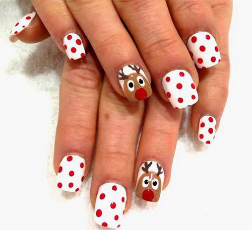 12-Christmas-Reindeer-Nail-Art-Designs-Ideas-2017-Xmas-Nails-2