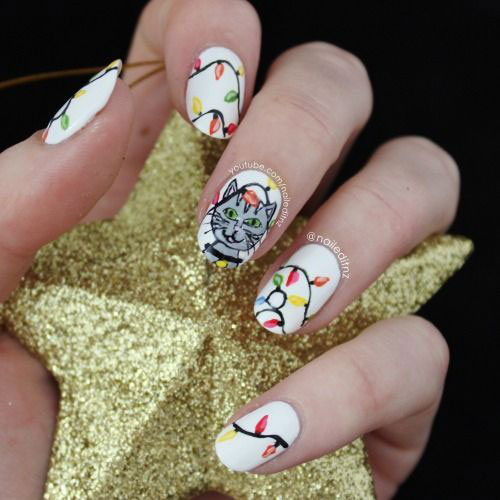 15-Christmas-Lights-Nail-Art-Designs-Ideas-2017-Xmas-Nails-8