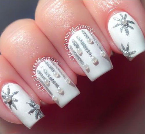 15-Christmas-Ornament-Nail-Art-Designs-Ideas-2017-Xmas-Nails-15