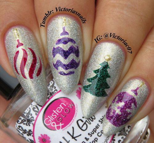 15-Christmas-Ornament-Nail-Art-Designs-Ideas-2017-Xmas-Nails-4