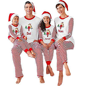 15-Cool-Family-Christmas-Outfits-2017-Holiday-Costumes-1