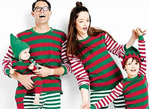 15-Cool-Family-Christmas-Outfits-2017-Holiday-Costumes-10