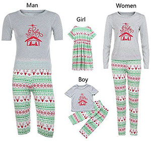 15-Cool-Family-Christmas-Outfits-2017-Holiday-Costumes-13