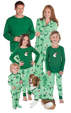 15-Cool-Family-Christmas-Outfits-2017-Holiday-Costumes-4