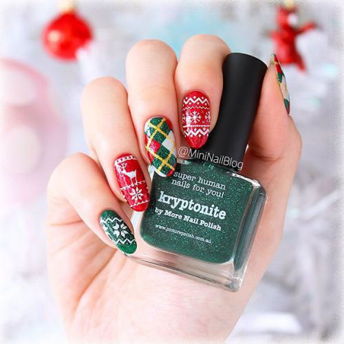25-Best-Christmas-Nails-Art-Designs-Ideas-2017-16
