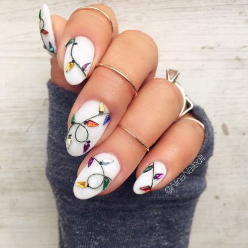 25-Best-Christmas-Nails-Art-Designs-Ideas-2017-25