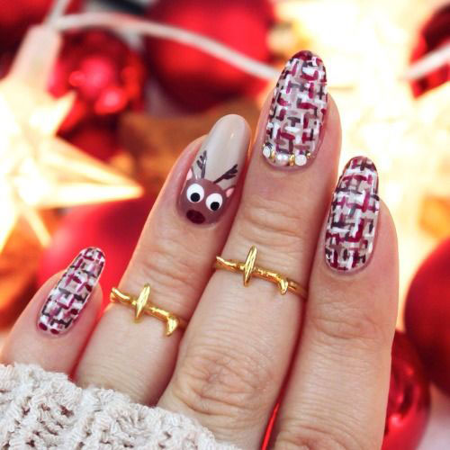 25-Best-Christmas-Nails-Art-Designs-Ideas-2017-26