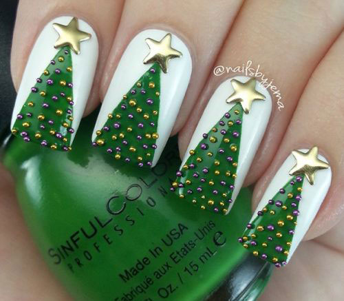 25-Best-Christmas-Nails-Art-Designs-Ideas-2017-3