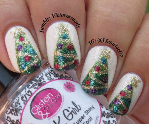 25-Best-Christmas-Nails-Art-Designs-Ideas-2017-7