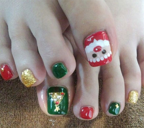 Merry-Christmas-Toe-Nail-Art-Designs-Ideas-2017-Xmas-Nails-2