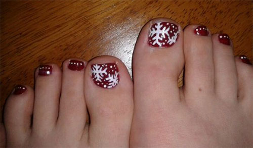 Merry-Christmas-Toe-Nail-Art-Designs-Ideas-2017-Xmas-Nails-6