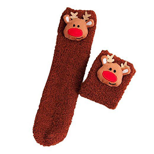 15-Christmas-Fuzzy-Socks-For-Kids-Girls-Women-2017-12