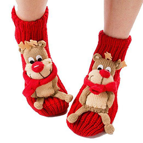 15-Christmas-Fuzzy-Socks-For-Kids-Girls-Women-2017-13