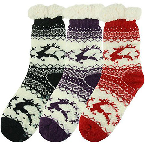 15-Christmas-Fuzzy-Socks-For-Kids-Girls-Women-2017-6