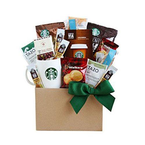 15-Christmas-Themed-Gift-Basket-Ideas-2017-15