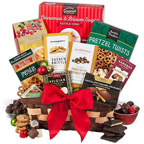 15-Christmas-Themed-Gift-Basket-Ideas-2017-2