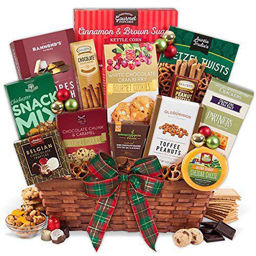 15-Christmas-Themed-Gift-Basket-Ideas-2017-8