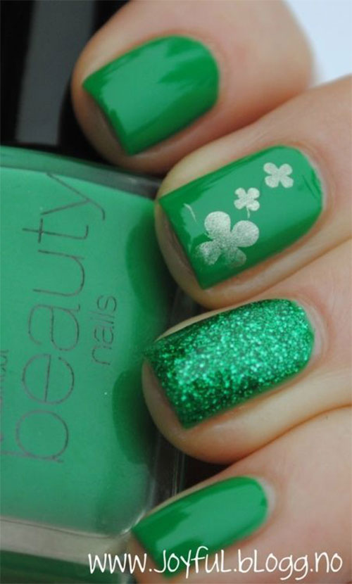 15-Best-St-Patrick's-Day-Nail-Art-Designs-Ideas-2018-16