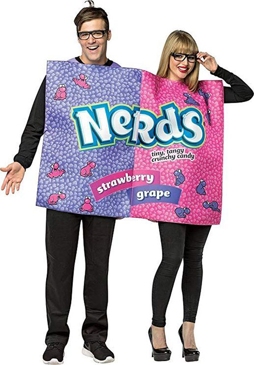 15-Awesome-Halloween-Costumes-For-Couples-2018-14