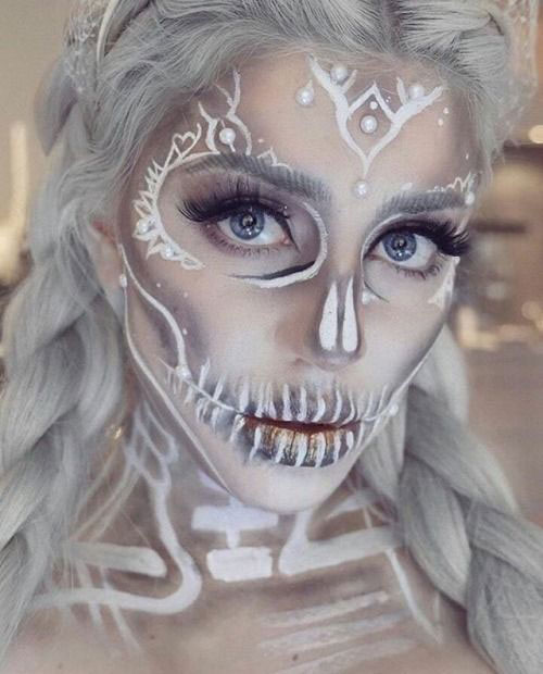 15-Creepy-Halloween-Skull-Make-Up-Looks-For-Girls-Women-2018-18