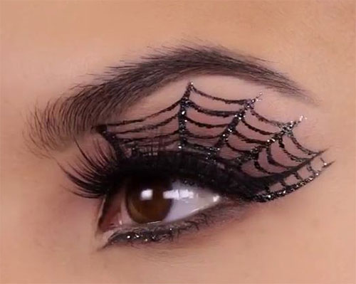 15-Halloween-Eye-Makeup-Ideas-Looks-For-Girls-Women-2018-6