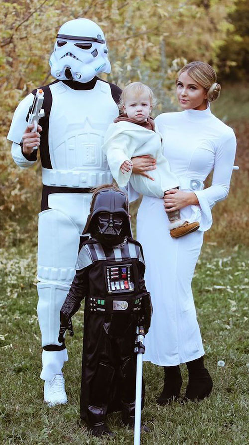18-Unique-Family-Halloween-Costume-Ideas-2018-10
