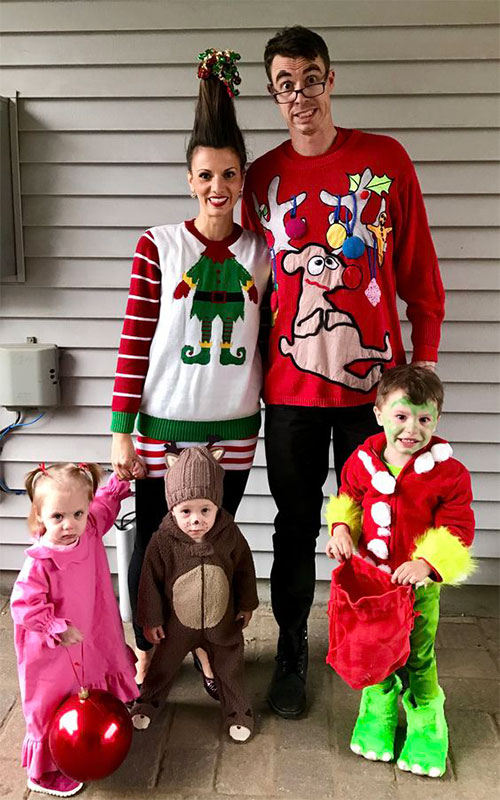 18-Unique-Family-Halloween-Costume-Ideas-2018-2