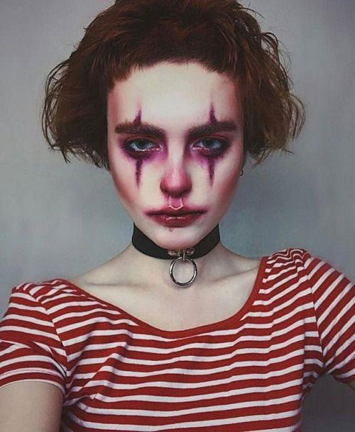 20-Halloween-Clown-Makeup-Ideas-For-Girls-Women-2018-6