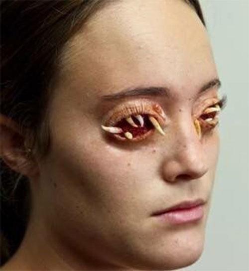 20-Scary-Halloween-MakeUp-Looks-For-Girls-Women-2018-15