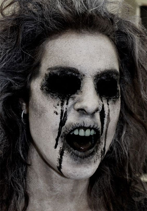 20-Scary-Halloween-MakeUp-Looks-For-Girls-Women-2018-7