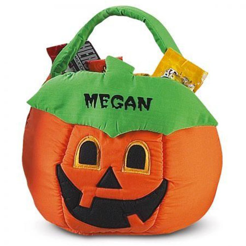 12-Halloween-Gift-Baskets-Bags-For-Kids-Adults-2018-Gift Ideas-12