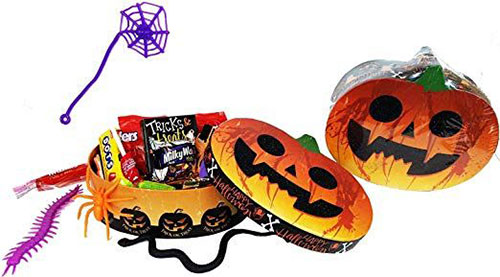 12-Halloween-Gift-Baskets-Bags-For-Kids-Adults-2018-Gift Ideas-4