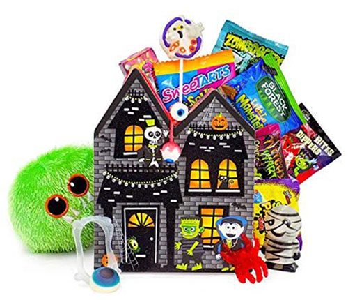 12-Halloween-Gift-Baskets-Bags-For-Kids-Adults-2018-Gift Ideas-6