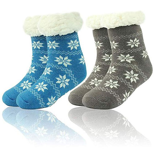 15-Christmas-Fuzzy-Socks-For-Kids-Girls-Women-2018-7