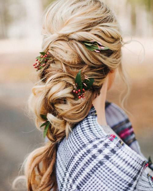 15-Christmas-Themed-Hairstyle-Ideas-For-Short-Long-Hair-2018-12