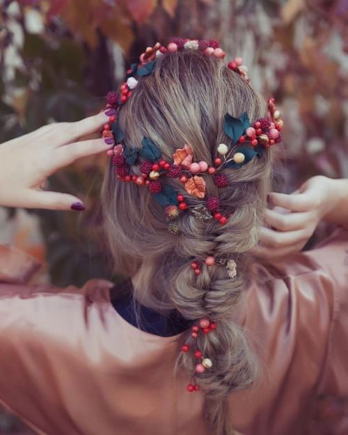 15-Christmas-Themed-Hairstyle-Ideas-For-Short-Long-Hair-2018-15