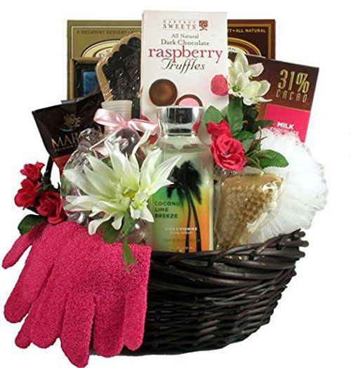15-Mother's-Day-Gift-Baskets-Hampers-2019-3