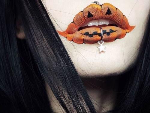 Best-Halloween-Lips-Makeup-Ideas-2019-8