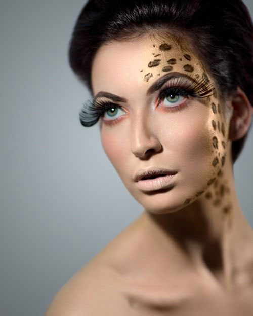 Cute-leopard-Halloween-Makeup-Ideas-For-Girls-Women-2019-14